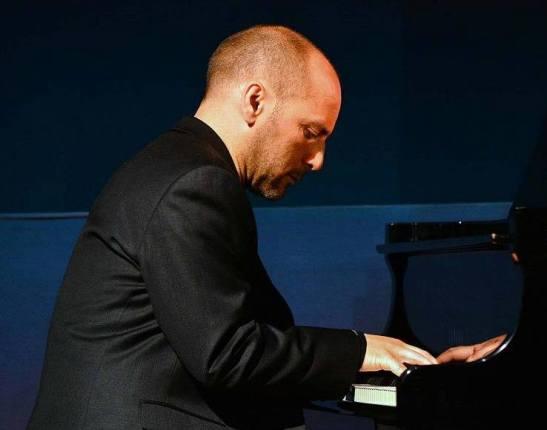 michele-amadori-piano